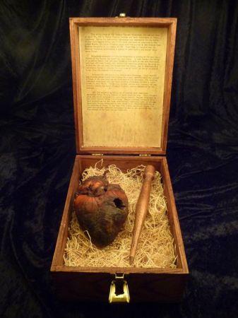 Продаётся сердце вампира (7 фото)