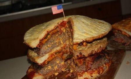 Двойной бургер с тремя пиццами (25 фото)